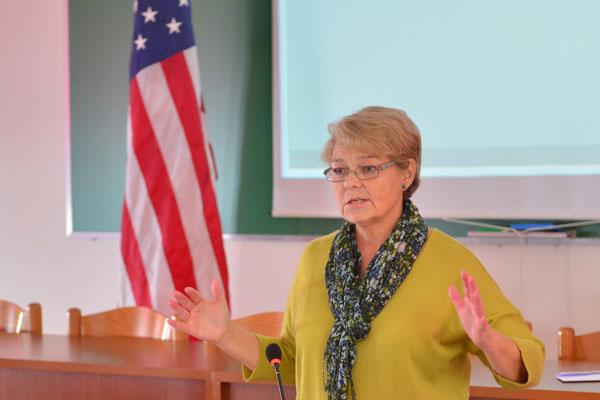 Seminari dy-ditor mbi Aftësitë e Komunikimit dhe Angazhimit me Audiencën